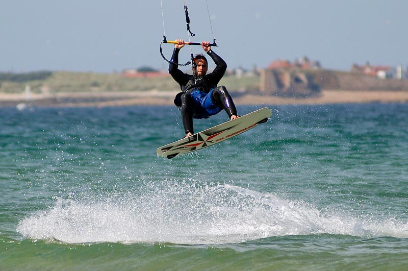 /files/Pages/Kite_Sport_Kitesurfing_Beadnell_Gavin-Duthie_800_531.jpg
