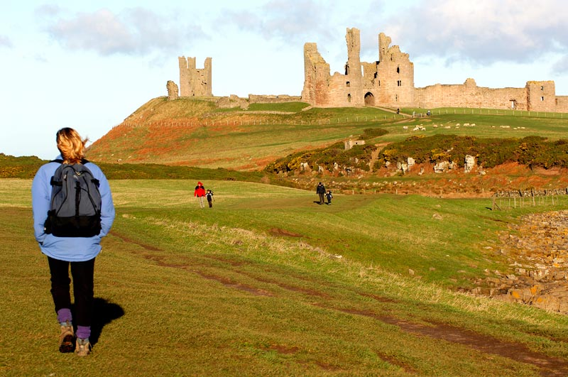 /files/Pages/other_walking_Dunstanburgh_Gavin_Duthie_800_531.jpg